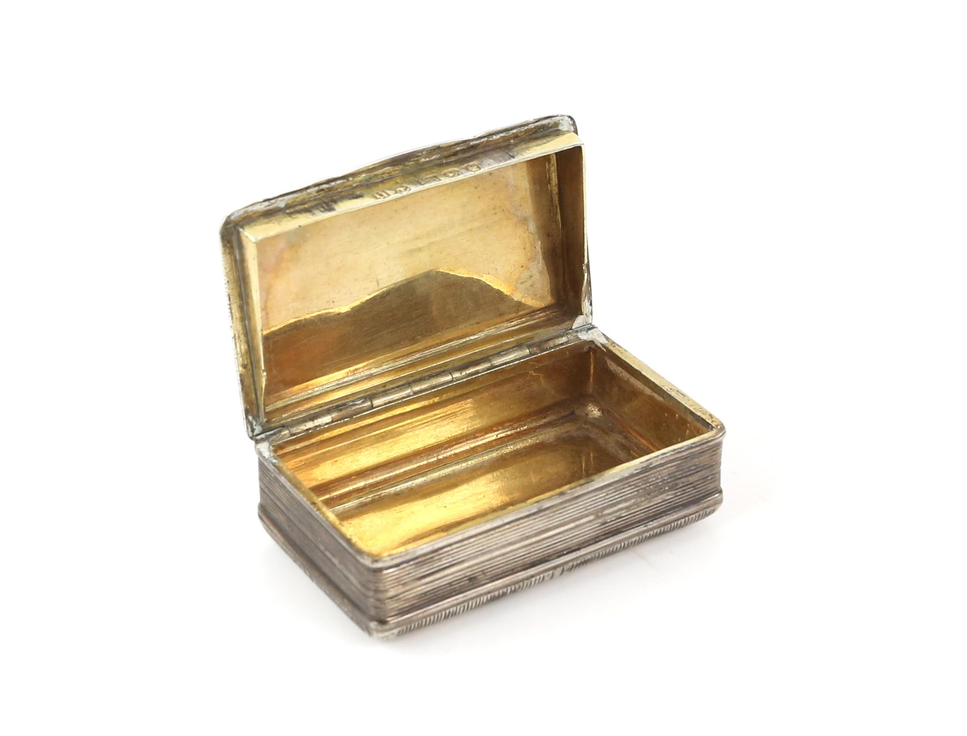 George III silver snuff box by John Shaw, Birmingham 1818, 6.5cm x 4cm x 2cm 2oz 66gm - Image 3 of 5