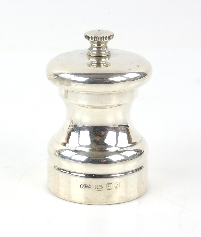 Pair of Peter Piper salt and pepper grinders by David R Mills, London 1992 - Image 3 of 5