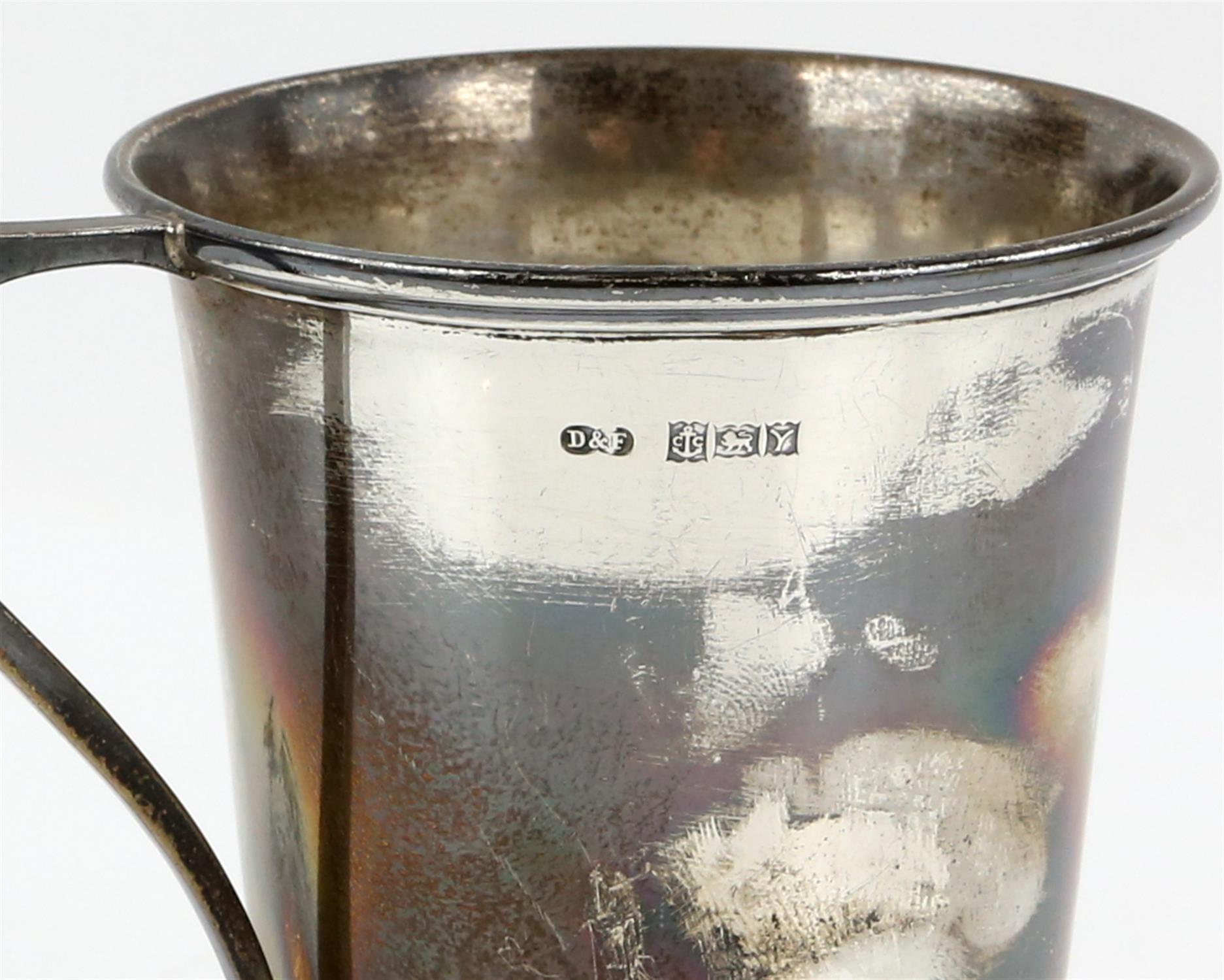 Edward VII silver cream jug with 'S'-scroll handle on round foot, by Ackroyd Rhodes, London, 1904, - Image 7 of 7