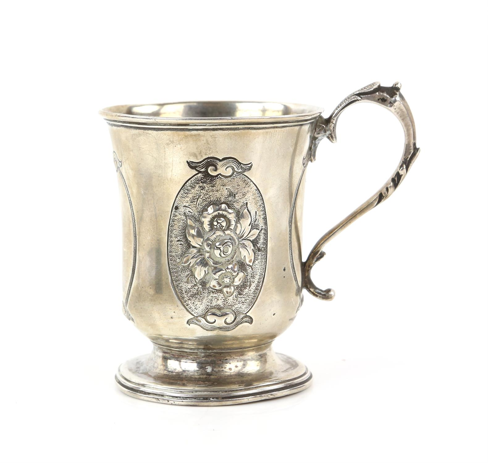 Victorian silver panelled cup/mug the two side panels embossed with a floral design and front panel - Image 3 of 5