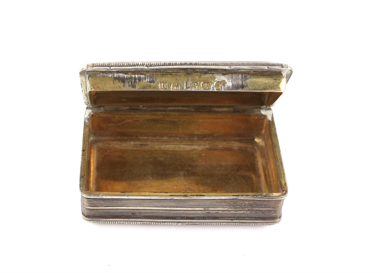 George III silver snuff box by John Shaw, Birmingham 1818, 6.5cm x 4cm x 2cm 2oz 66gm - Image 4 of 5