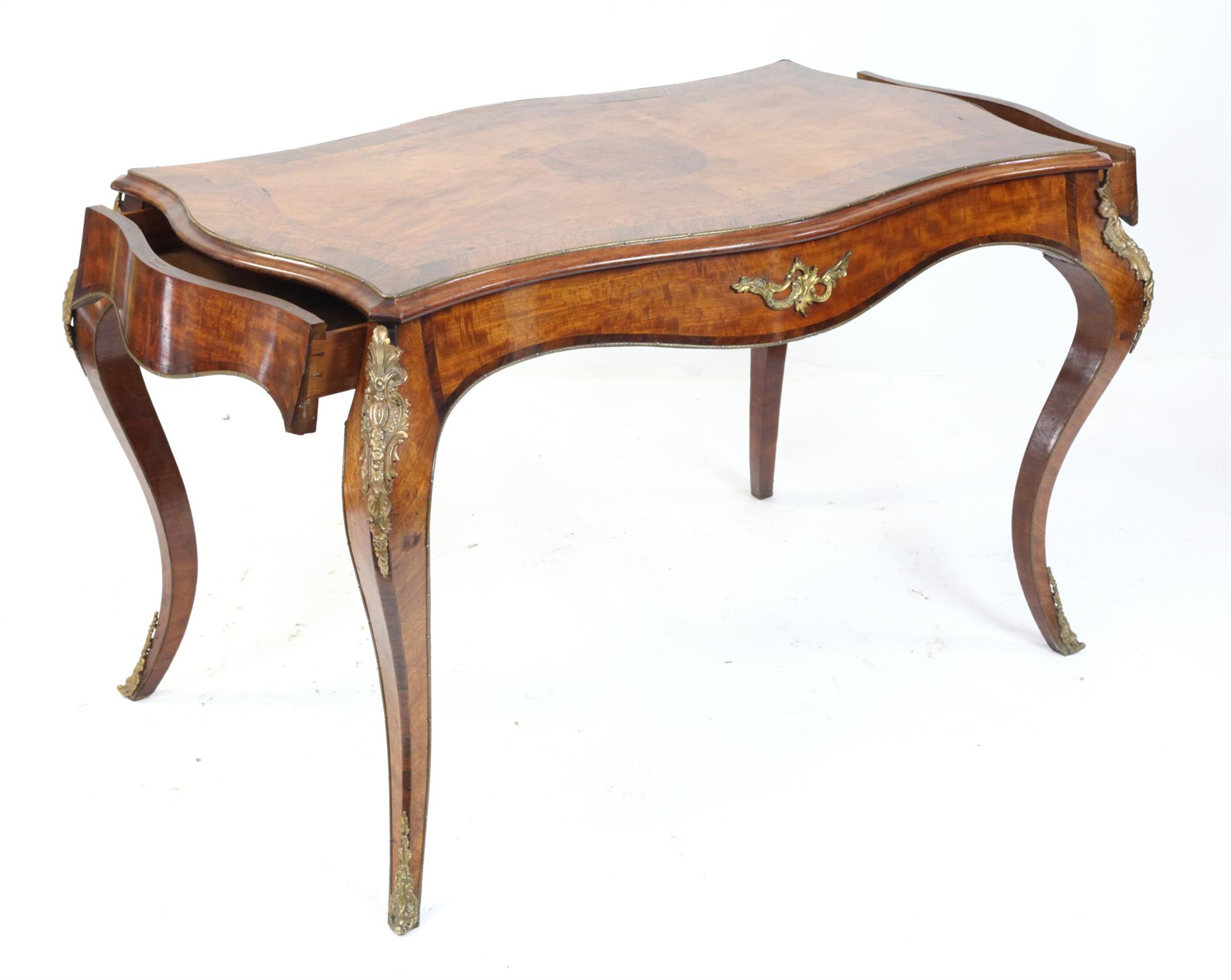 John Metcalfe of Richmond, (Yorkshire) mahogany, rosewood and burr walnut crossbanded serpentine - Image 2 of 5