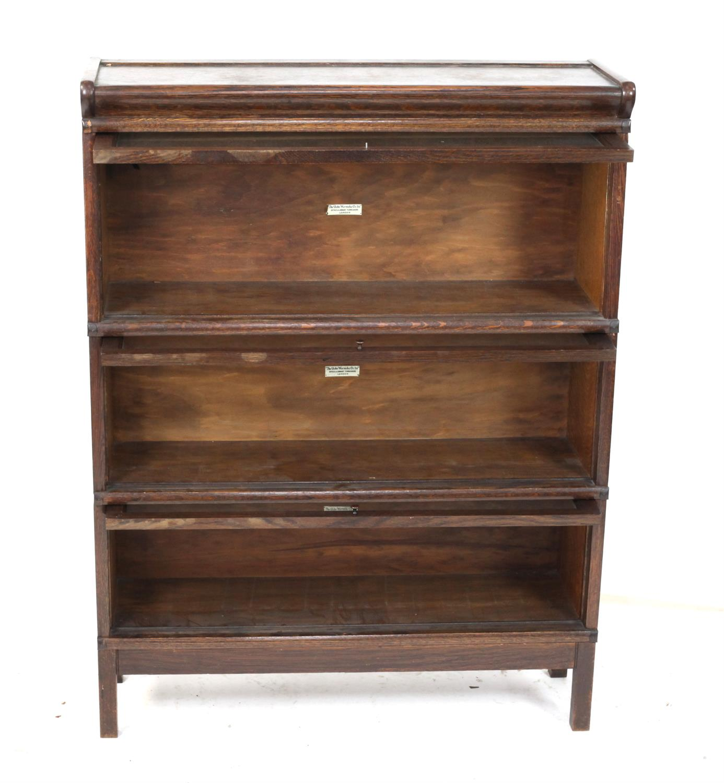 Oak Globe Wernicke three section bookcase, H115 x W86.5 x D27cm - Image 2 of 3