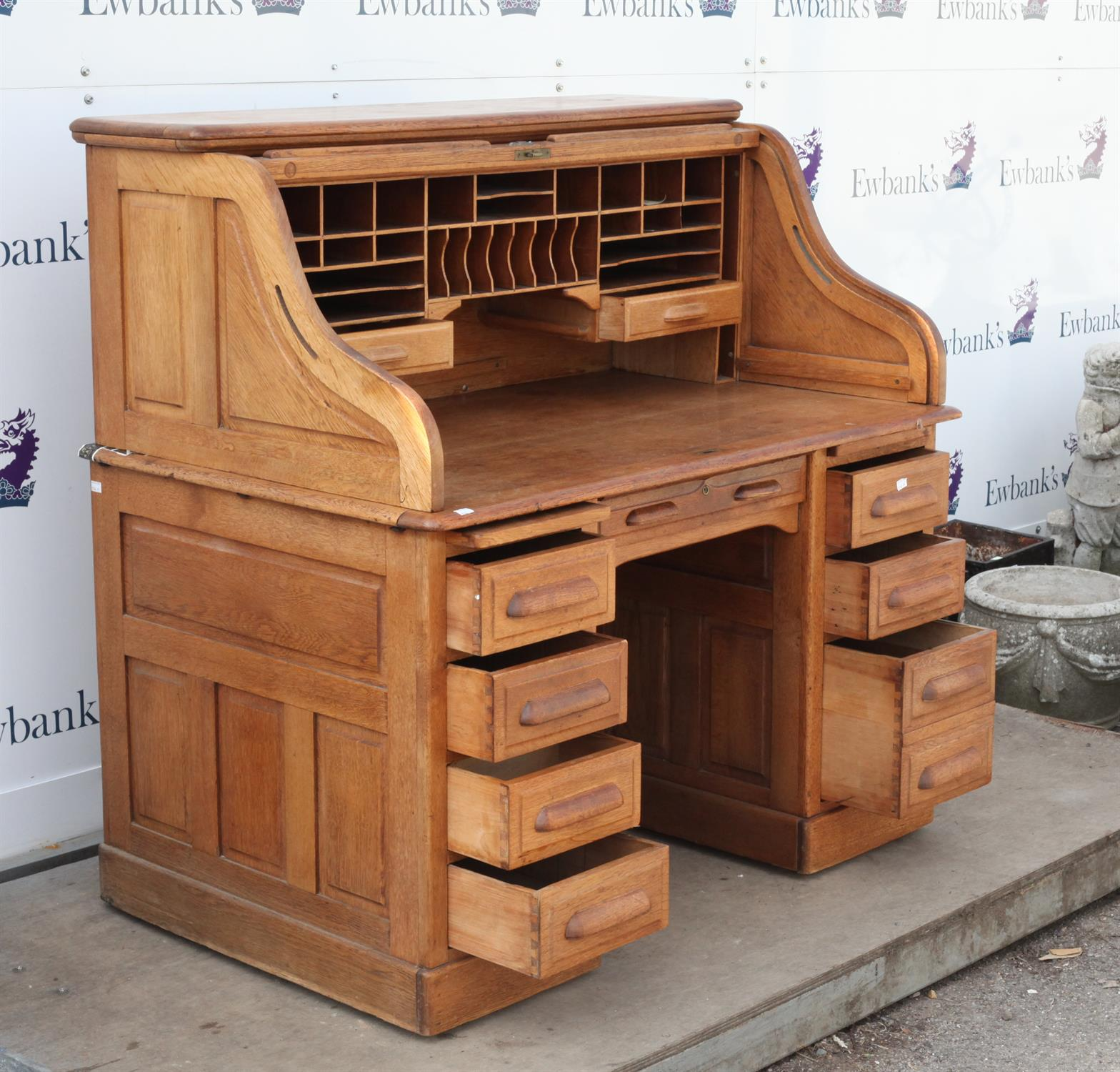 Early 20th century oak roll top desk, the roll top enclosing pigeon holes and drawers on base with - Image 3 of 3
