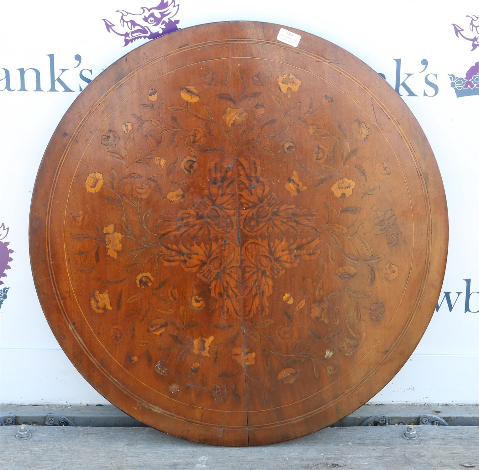 19th century mahogany circular table top, with floral marquetry inlaid decoration, 75cm diameter