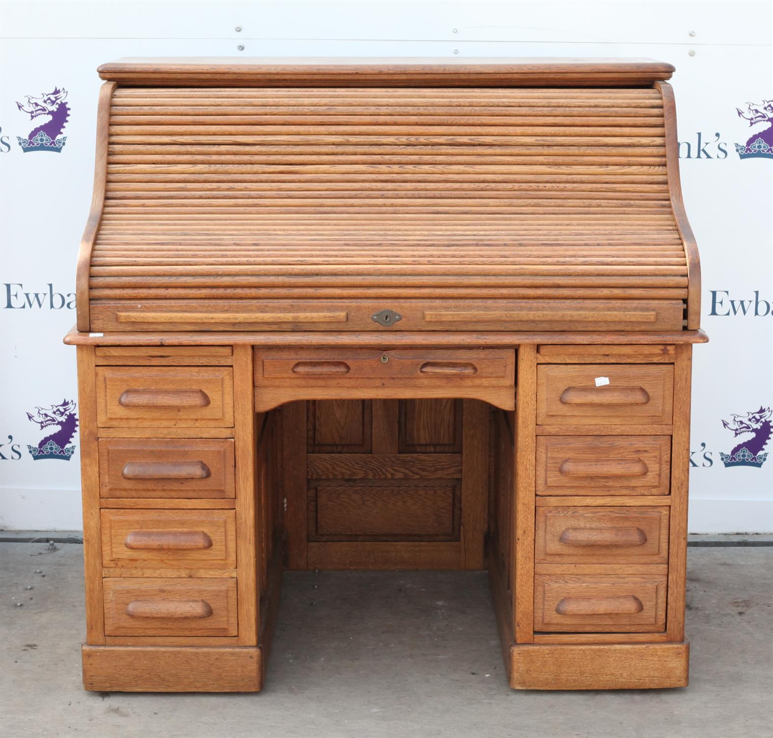 Early 20th century oak roll top desk, the roll top enclosing pigeon holes and drawers on base with - Image 2 of 3