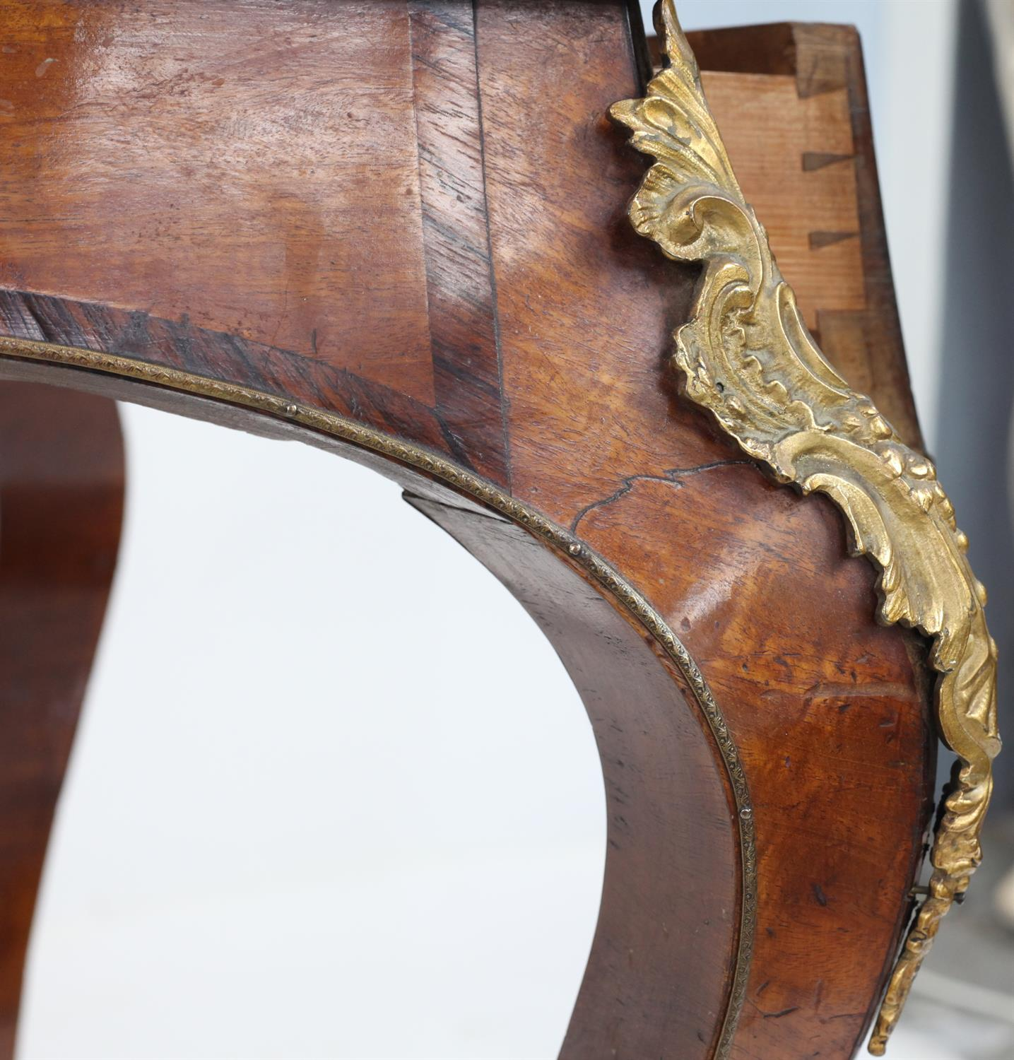 John Metcalfe of Richmond, (Yorkshire) mahogany, rosewood and burr walnut crossbanded serpentine - Image 5 of 5