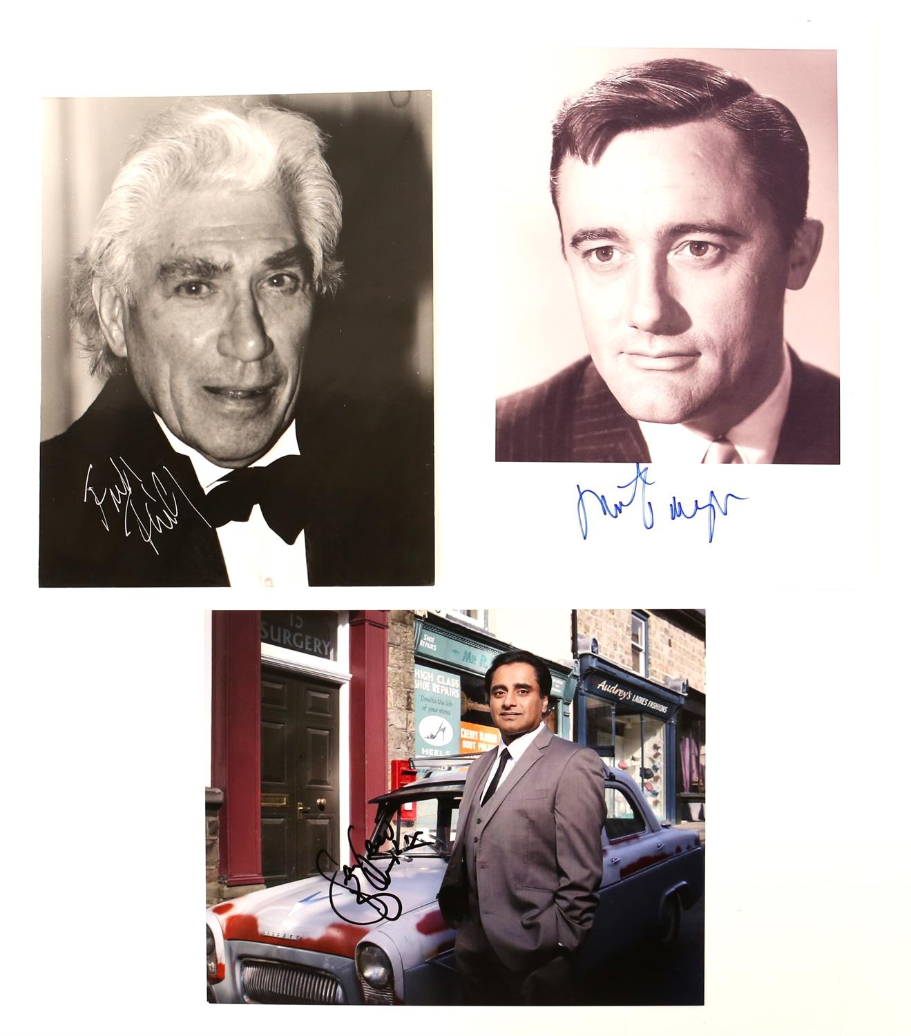 Autographs - Collection of signed 18 photographs and a leaflet of various TV and film actors - Image 4 of 9
