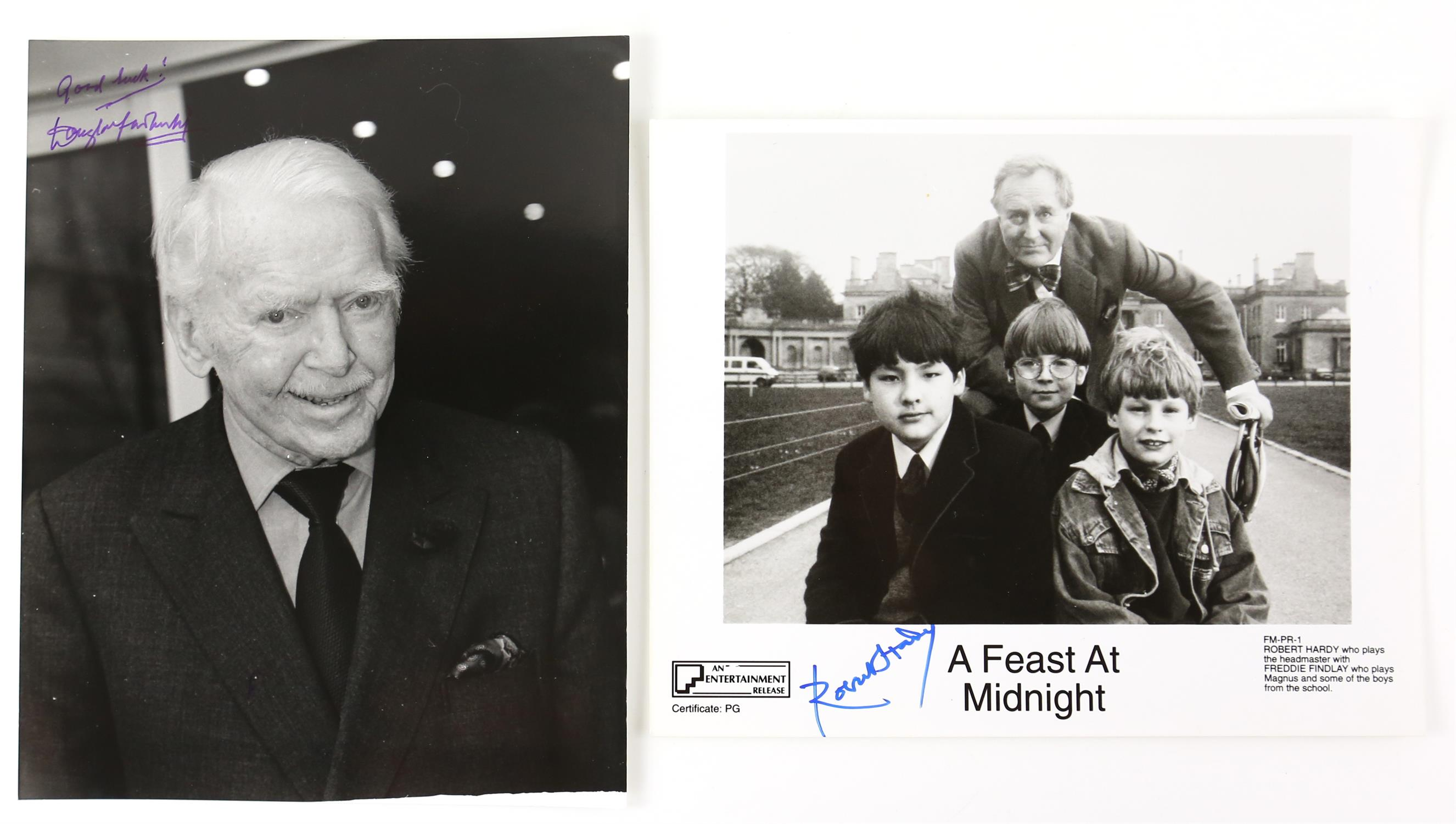 Autographs - Collection of signed 18 photographs and a leaflet of various TV and film actors - Image 8 of 9