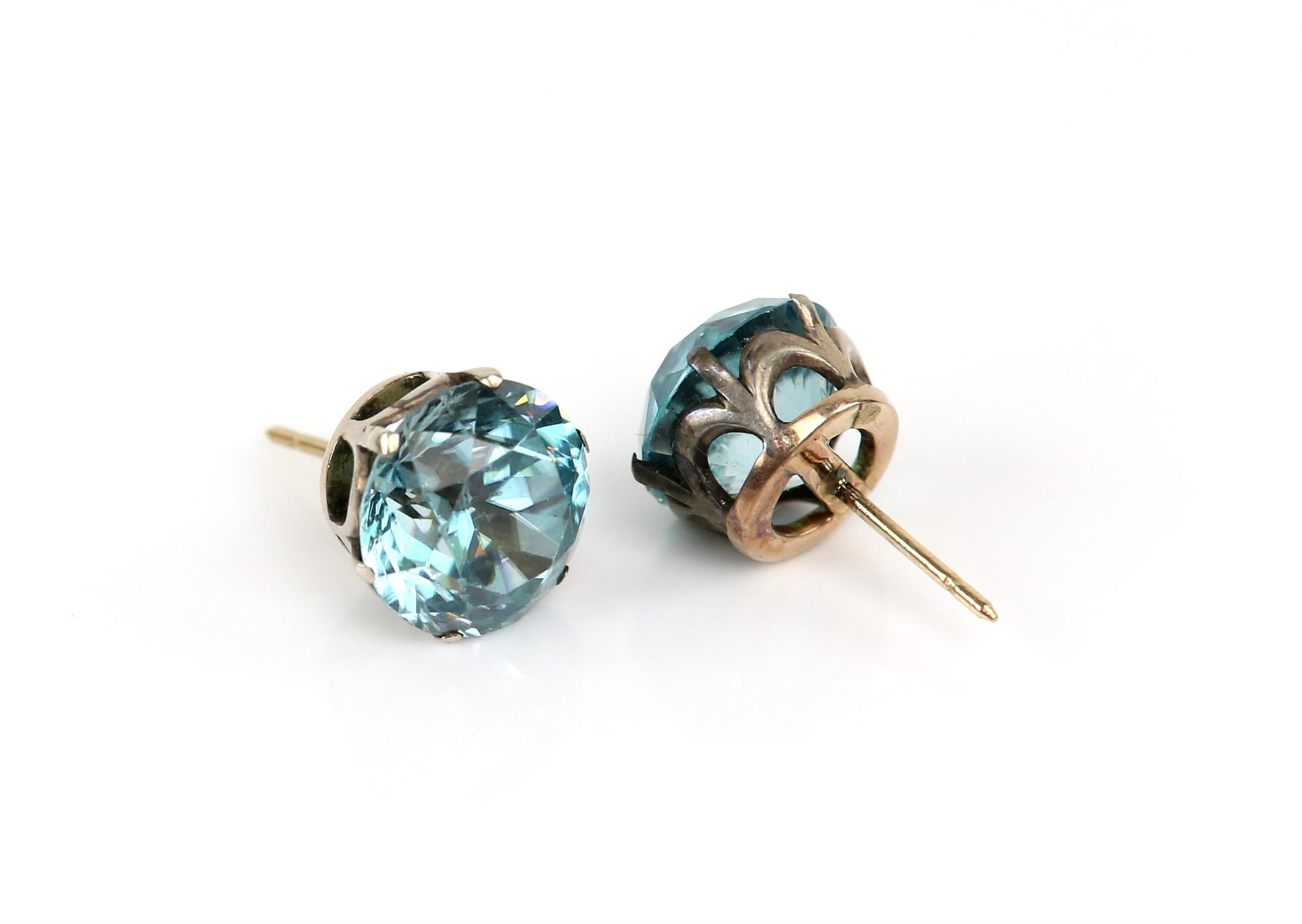 Early 19th Century blue Zircon earrings, old cut zircons, estimated total weight 14.79 carats, - Image 2 of 4