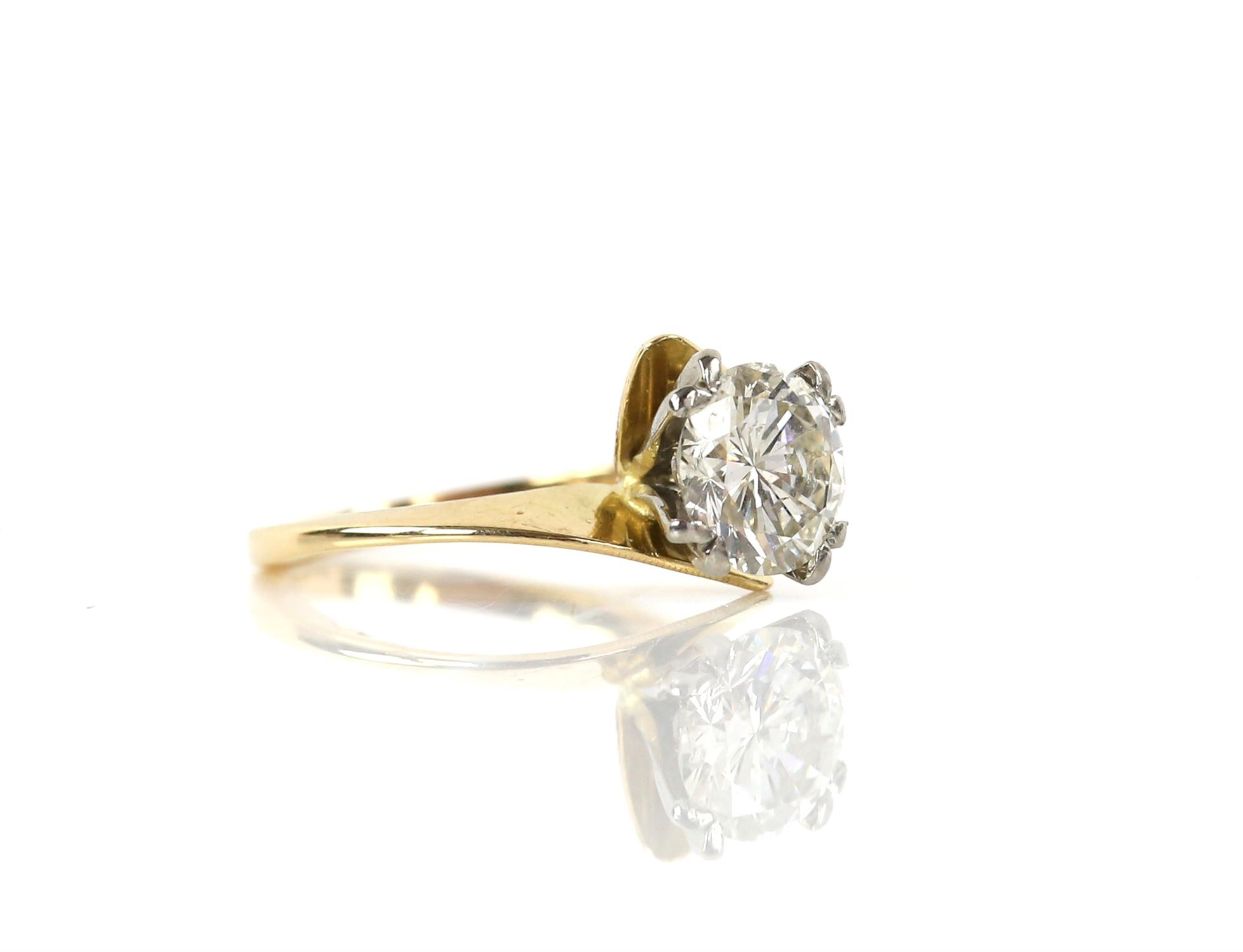 Single stone diamond ring, round brilliant cut diamond weighing an estimated 2.02 carats, - Image 4 of 6