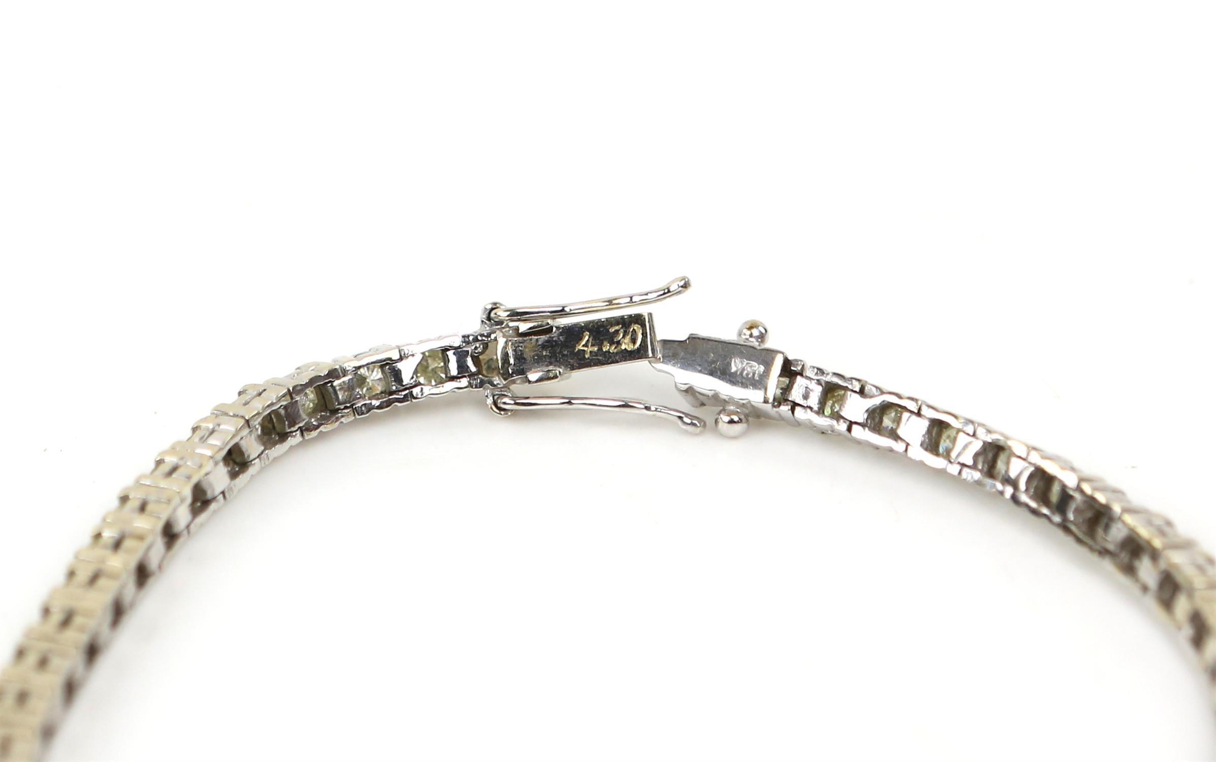 Diamond line bracelet, set with round brilliant cut diamonds, estimated total diamond weight 3. - Image 5 of 6