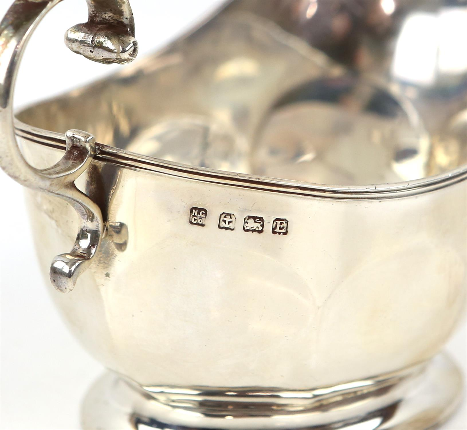 Victorian fern engraved silver mug, a silver sauce boat, a silver small trophy cup 403 grms 13 ozs - Image 10 of 10