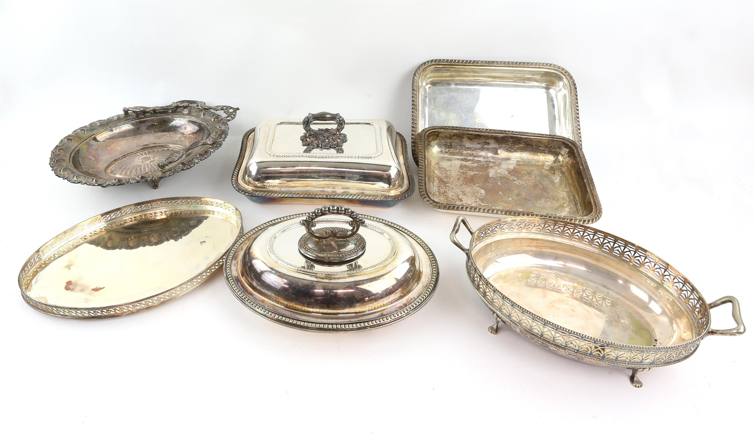 Two entree dishes and various plated items - Image 2 of 2