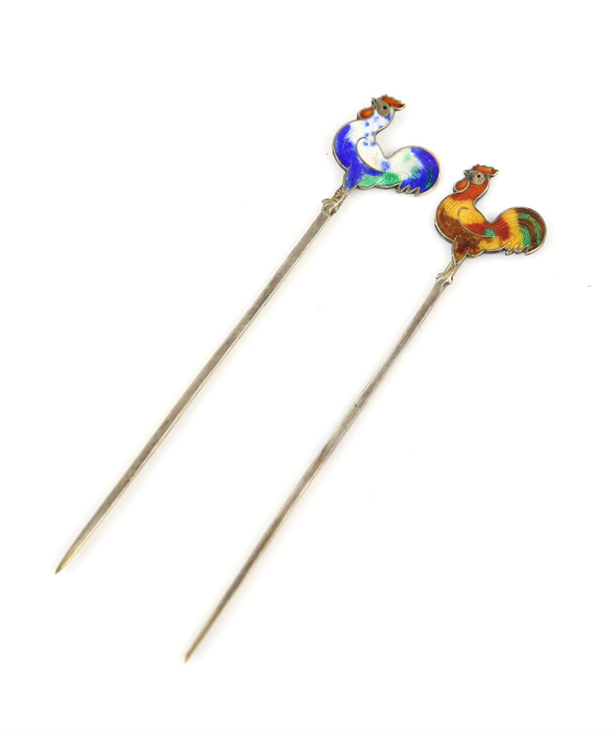 Cased set of silver and enamel cockerel cocktail sticks, each bird with individual enamel - Image 4 of 6