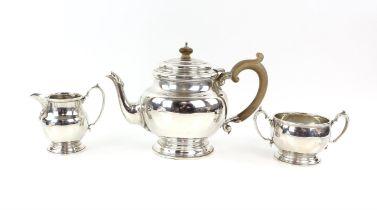 Three piece silver tea service by Edward Barnard & Sons Ltd, London 1954, 30.5oz, gross weight