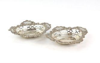 Pair of Edwardian pierced silver Bon Bon dishes, by William Hutton and Sons, Birmingham 1909, 78g,