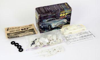 James Bond 007 - Airfix by Craft Master 1966 Aston Martin DB-5 1:24 scale plastic model kit,