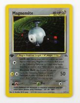Pokemon TCG. Magnemite holo card. 1st Edition Neo Discovery