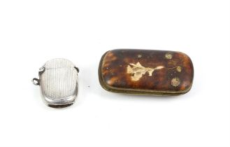 Engine turned silver vesta case with vacant cartouche, Birmingham 1903 and a tortoiseshell