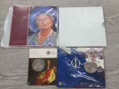 ROYAL MINT UK £5 UNCIRCULATED COIN PACKS COMPRISING 2000 QUEEN MOTHER 2007 WEDDING 2010 MONARCHY