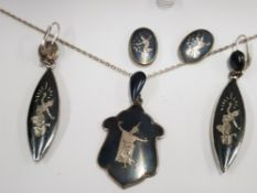 CASED SUITE OF STERLING SILVER THAI NIELLO COMPRISING OF A NECKLACE AND 2 PAIRS OF EARRINGS