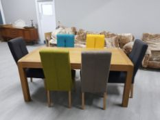 BEAUTIFUL SOLID OAK DINING TABLE AND 6 MULTI COLOURED CHAIRS 1.8m x 90cms x 78cms