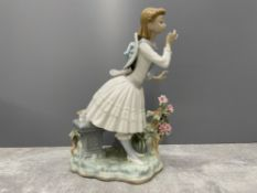 LLADRO 1313 EXQUISITE SCENT IN ORIGINAL BOX