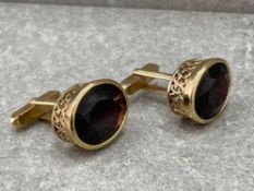 BEAUTIFUL 9CT GOLD GARNET WELL DESIGNED CUFFLINKS 21.2G