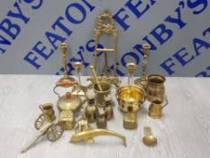 MISCELLANEOUS BRASS ITEMS TO INCLUDE ARTIST EASEL CANDLESTICKS DOLPHIN ETC