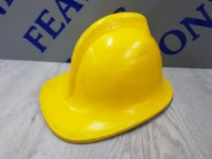AUTHENTIC 20TH CENTURY YELLOW FIREMANS HELMET BY HELMETS LTD COUNTY STYLE NO 135 SIZE 56CM