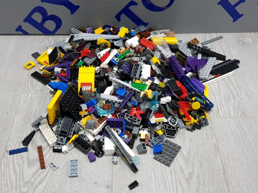 1 KG OF LEGO AND MEGA BLOCKS BUILDING CONSTRUCTION SETS