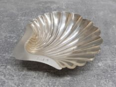 Solid silver scallop shell butter or jam dish 88.9g