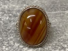 Silver and oval banded agate ring, 4.5G gross, size I