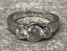 Silver 3 stone cz set ring, 4.1g size N1/2