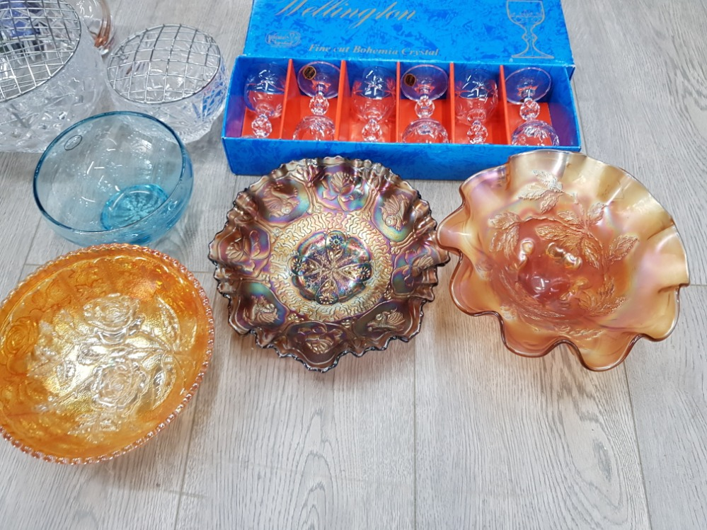 Glassware to include a portmerion blue bowl, carnival glass bowls, cut glass rose bowls, set of - Image 2 of 4