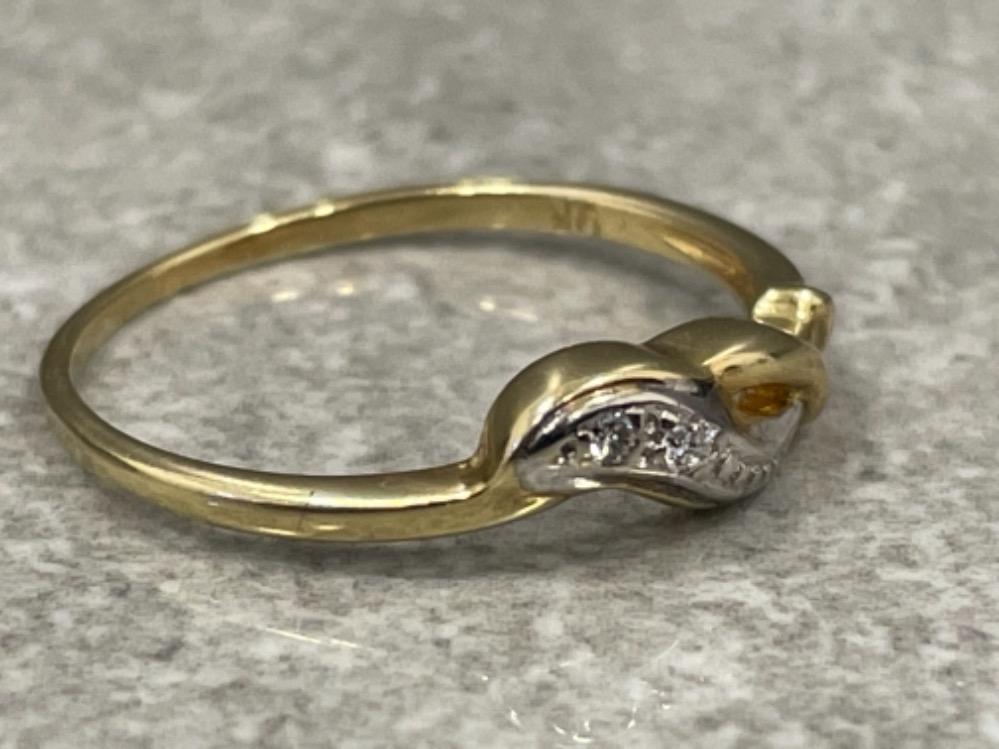 Ladies 9ct gold diamond ring. Size L 1.2g - Image 3 of 3