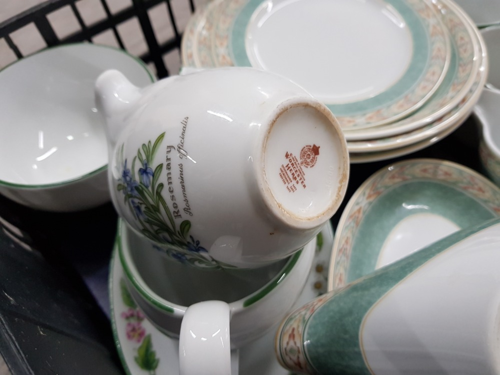 Dinner and teaware to include Wedgwood 'Aztec', Denby, Royal Worcester etc in two boxes. - Image 4 of 5