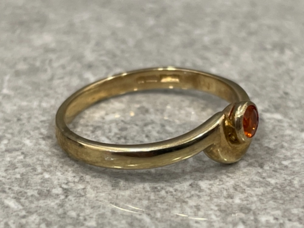 Ladies 9ct gold fire opal ring. 1.9g size L1/2 - Image 2 of 2