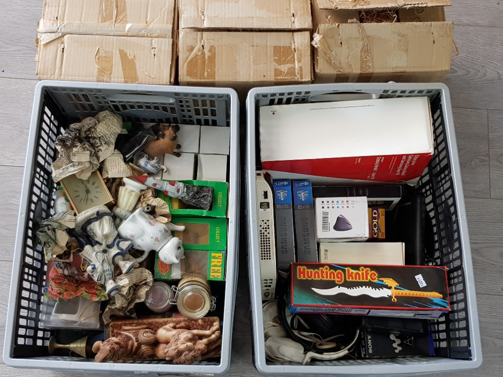 2 crates containing miscellaneous ornaments and electric items including Samsung Gear VR and HTC