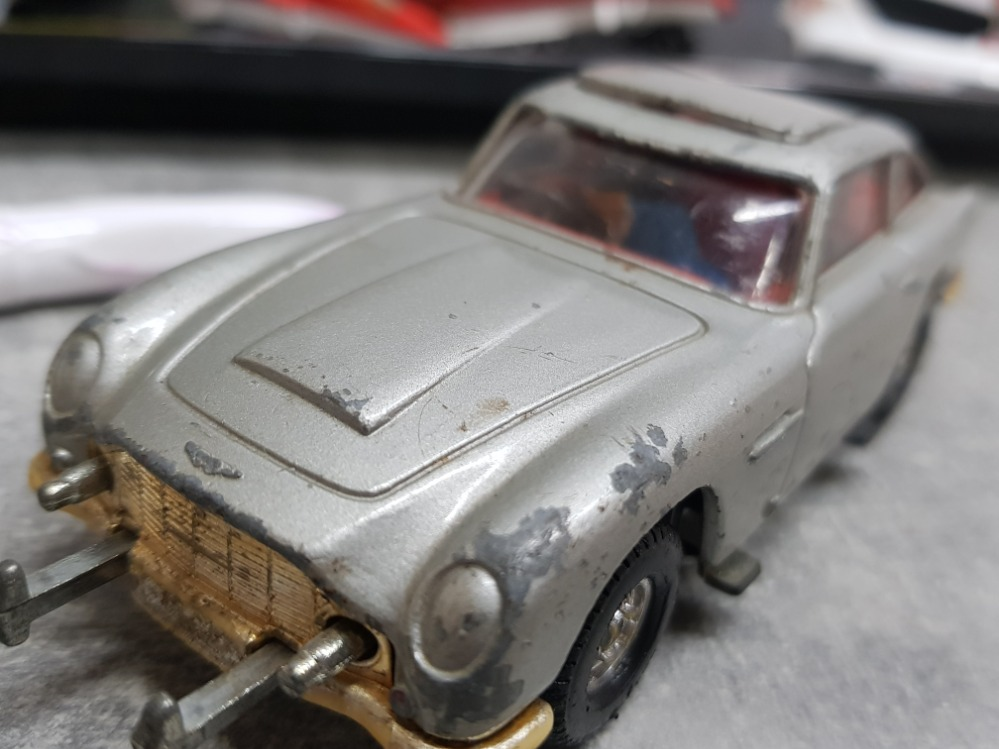 Tray containing die cast vehicles including corgi Batmobile and 007 Aston Martin DB5 plus matchbox - Image 3 of 3