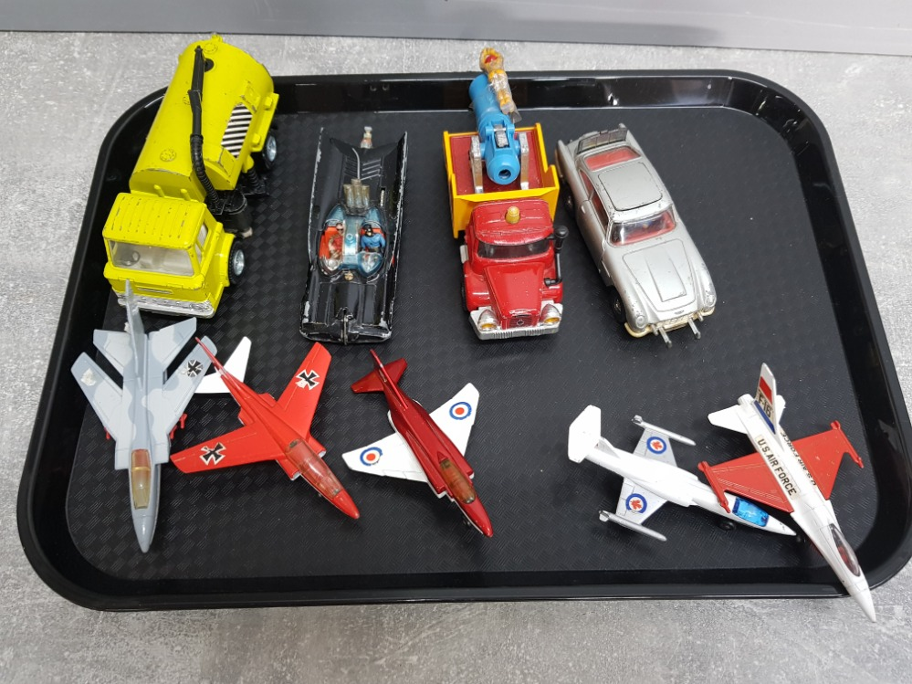 Tray containing die cast vehicles including corgi Batmobile and 007 Aston Martin DB5 plus matchbox