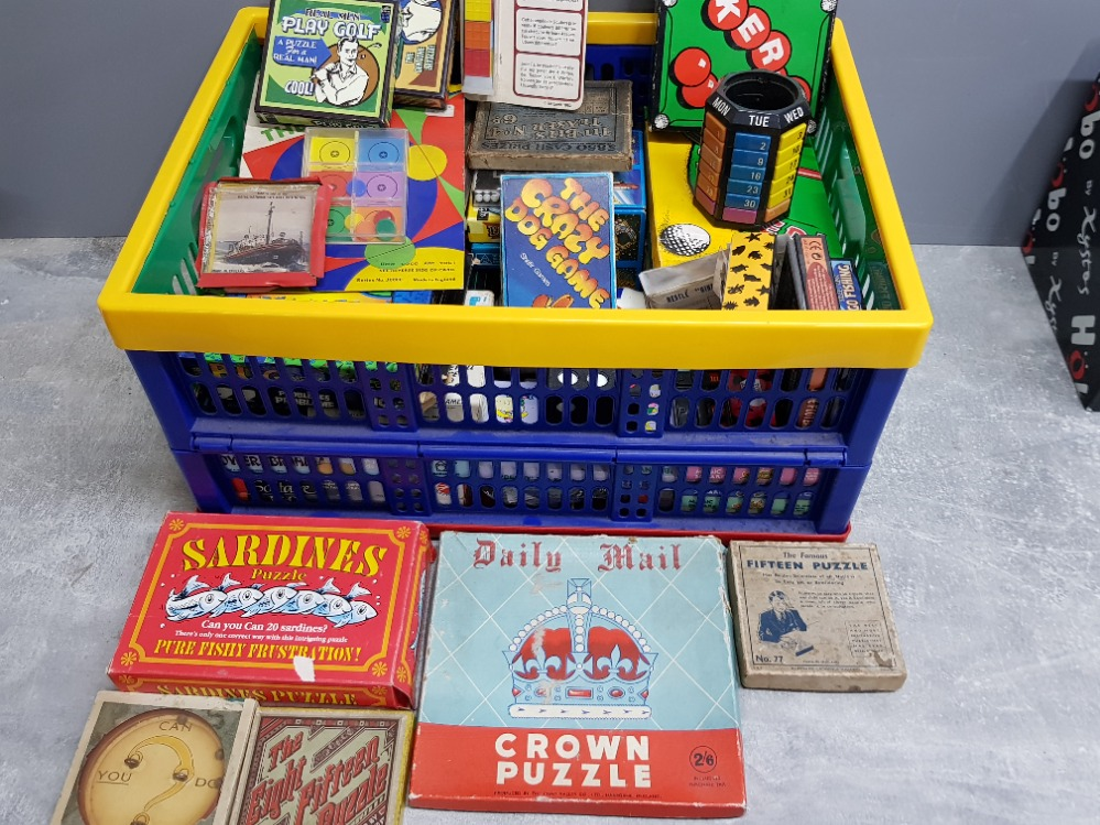 Crate of vintage puzzle games Inc golf, snooker themed etc
