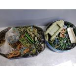 2 tins of vintage plastic toy military soldiers