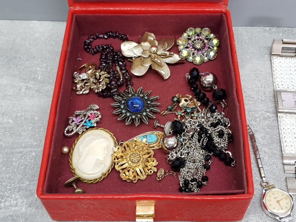 Six ladies wristwatches by accurist, ingersol, elbee etc, and a small quantity of costume jewellery, - Image 3 of 4