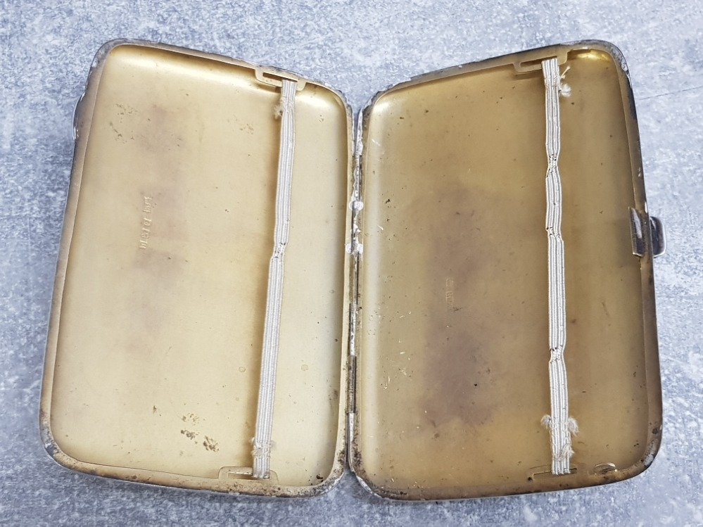"""Large hallmarked Birmingham silver cigarette case dated 1919, 173.7g, nicely etched """"presented to Mr - Image 3 of 3"""