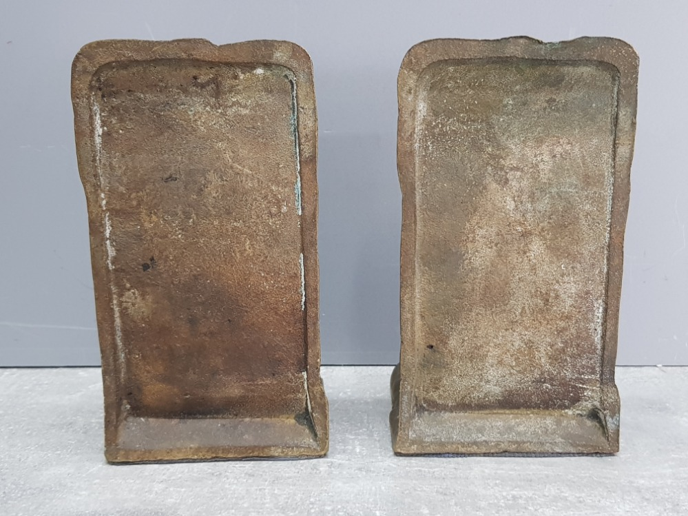 A pair of cast iron and aluminium bookends in the form of two little girls 15cm high. - Image 3 of 3