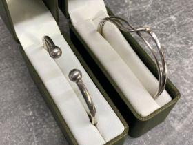 2 silver bangles 17.1G both boxed