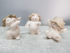 The Nao cherubs in different poses.
