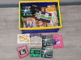 Box of vintage games, puzzles and cards
